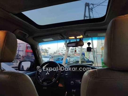 Mitsubishi Pajero 2011 image 4