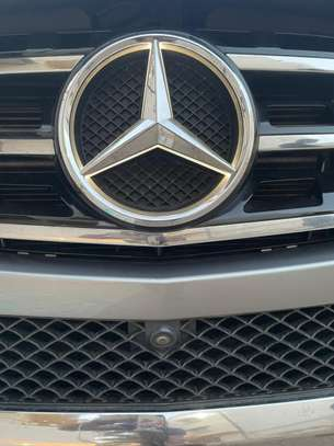 Mercedes ML 350 image 9