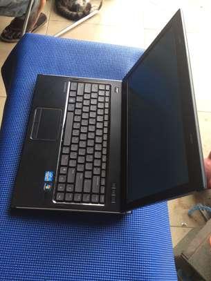 Vente  d'ordinateur portable Dell image 1