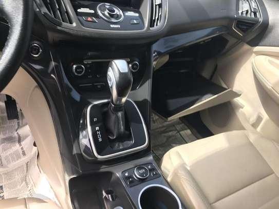 Ford escape a vendre image 9