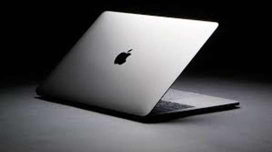 MACBook Pro Retina  2019 image 2