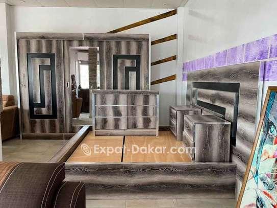 Chambre à coucher + matelas image 4