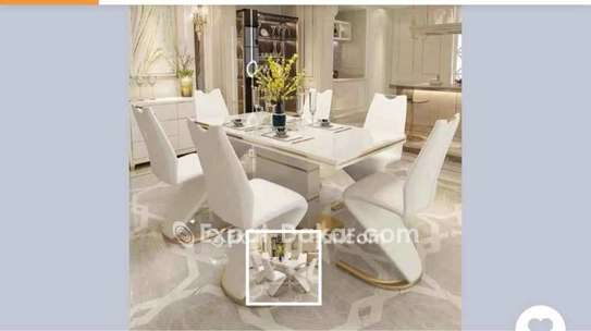 Table à manger VIP image 1
