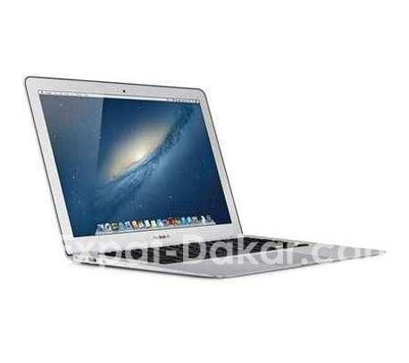 MacBook Air 11 pouce i5 image 1