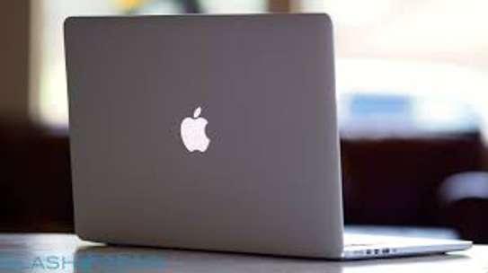 Mac Air - Core i5 - Ram 4GO - Disk 256GO - 13 Pouces image 1