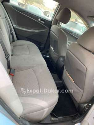 Hyundai Sonata 2011 image 3