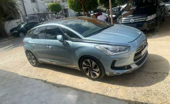 Je vends ma Citroën ds5 image 6