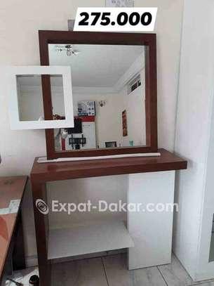Bahut avec miroir blanc marron image 1