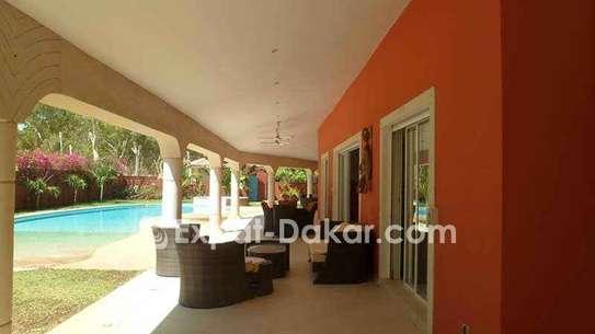 Villa luxueuse à vendre à Saly image 3