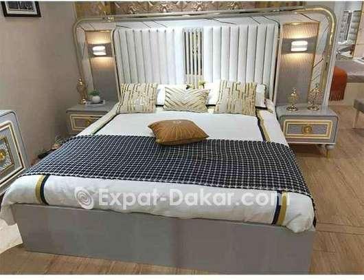 Chambre à coucher disponible image 2