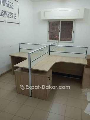Tables de bureau avec retour image 2