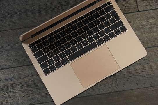MacBook Air 2020/ Core i5 ,Rose Gold image 4