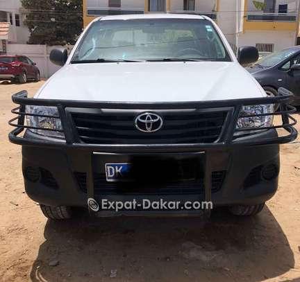 Toyota Hilux 2015 image 3