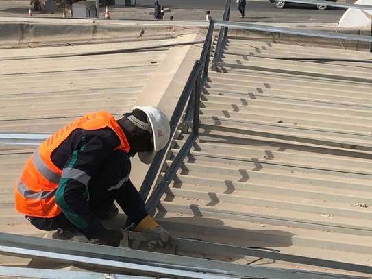 Panneaux solaires installations supports démontables en galva image 2