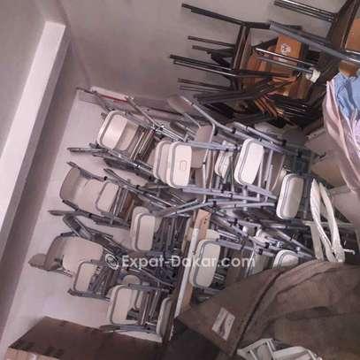 Tables et chaises image 1