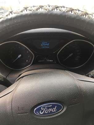 Ford Focus 2014 en super bon état image 7