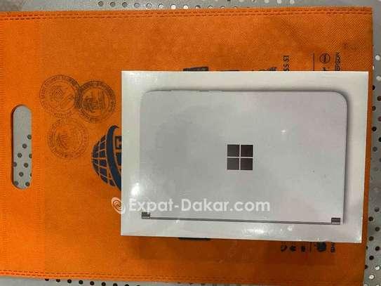 Microsoft surface duo image 1