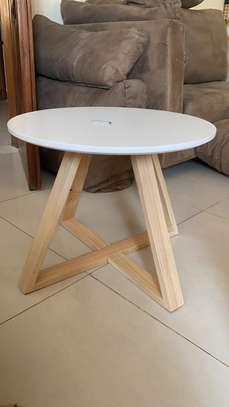 Table base image 1