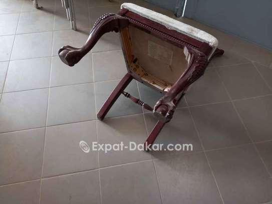 Chaise antique image 2
