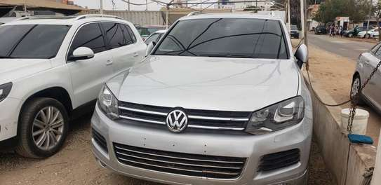 Volkswagen Touareg 2013 image 1