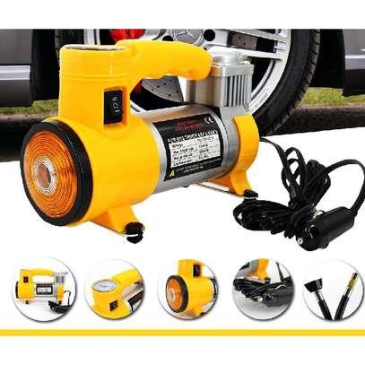 Compresseur d'air de voiture avec lampe de travail image 1