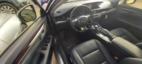 Lexus ES300h presque neuve 2019 full options image 6
