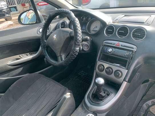 Peugeot 308 image 2