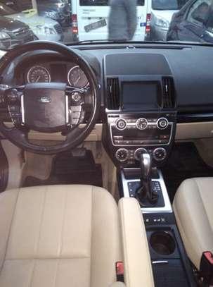 Land Rover LR2 2014 2.0L 4x4 image 3