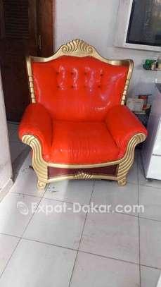 Canape à 4 place vendre, très pratique image 2