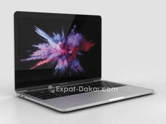 Macbook Pro classic 2011 image 3