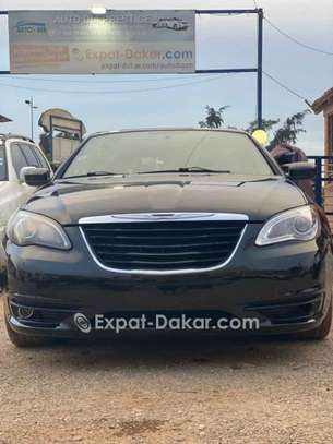 Chrysler 2011 image 4