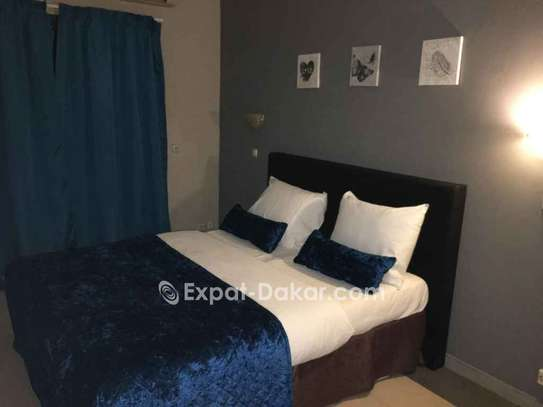 BEAU COMPLEXE  RESIDENTIEL A VENDRE A THIES image 3