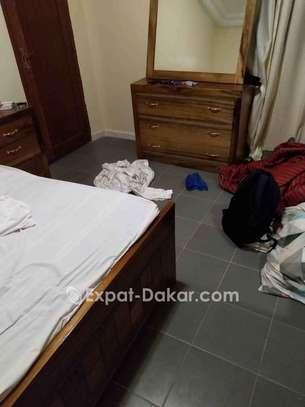 Chambre à coucher complète image 4