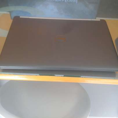 Dell 7270 sixième génération image 4