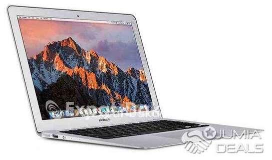 Mac air image 2