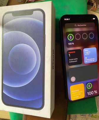 Iphone 12 image 4