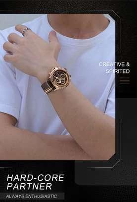 Montre Naviforce de luxe authentique avec coffret en cuire image 2