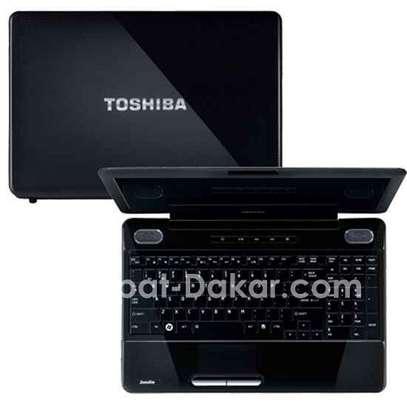 Toshiba L505 Cor i3 image 1
