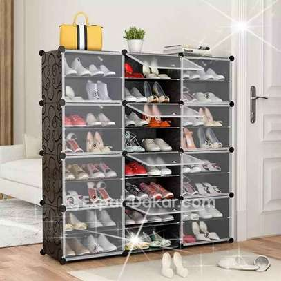 Range chaussures 48 paires image 1