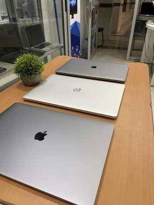 "MacBook Pro 16"" image 3"