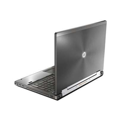 HP EliteBook 8560w station de travail i7 image 4