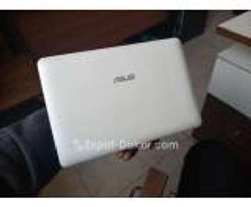 Ordinateur portable Mini Asus blanc image 2