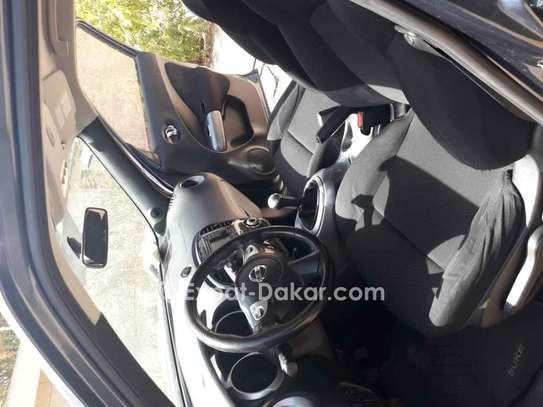 Nissan Juke 2012 image 2