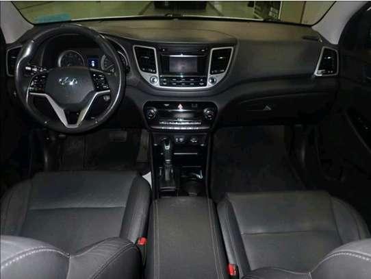 Hyundai Tucson 2017 image 2