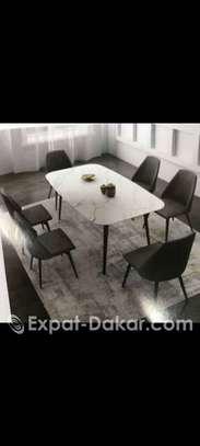 Table en céramique image 1