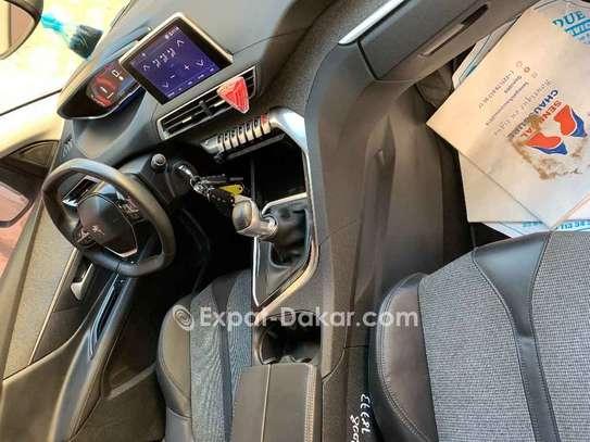 Peugeot 3008 2018 image 3