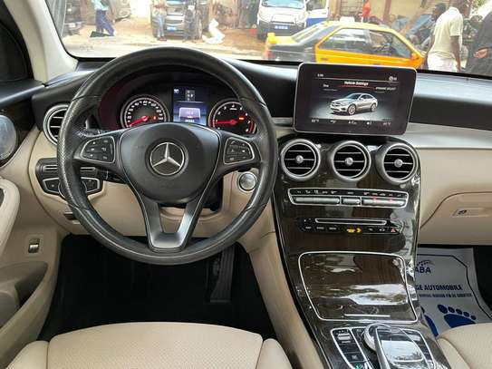 Mercedes GLC 300 image 8