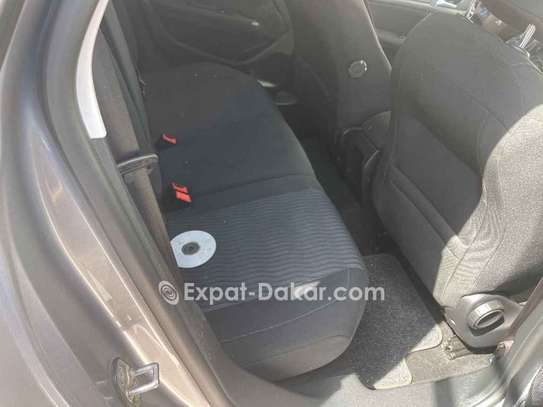 Peugeot 308 2016 image 4
