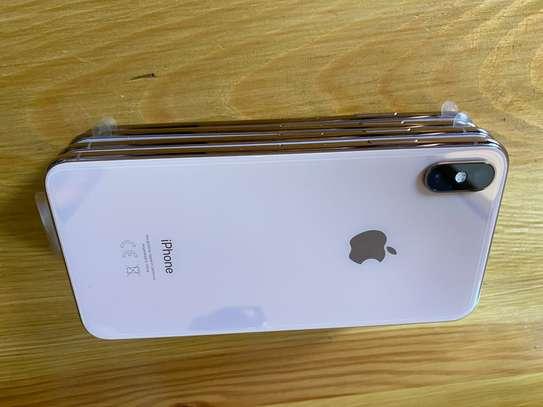Iphone XsMax 64gb image 5