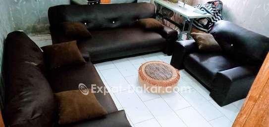 Canape à 6 place vendre, très pratiqu image 1